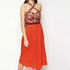Three floor dress True Romance size 4